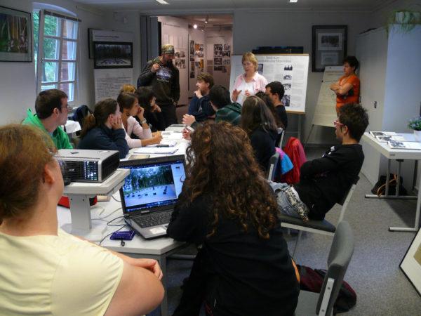 Fotoworkshop in den Räumen des Museums