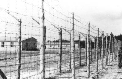 Außenansicht des Lagers (Foto: USHMM)