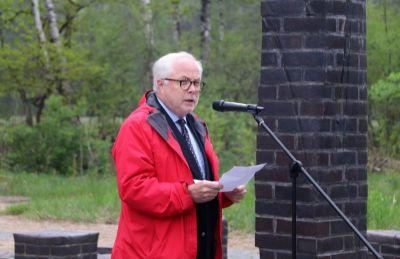 Don Smith, jun., hielt am 2. Mai 2019 eine Gedenkrede an der Gedenkstätte ehem. Lagergelände des KZ Wöbbelin