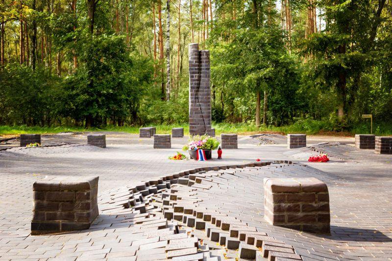 Gedenkplatz am ehemaligen Lagergelände des KZ Wöbbelin, Foto: B. Pauli