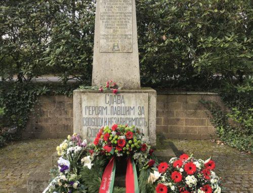 Gedenken und Kranzniederlegung am Sowjetischen Ehrenhain in Parchim