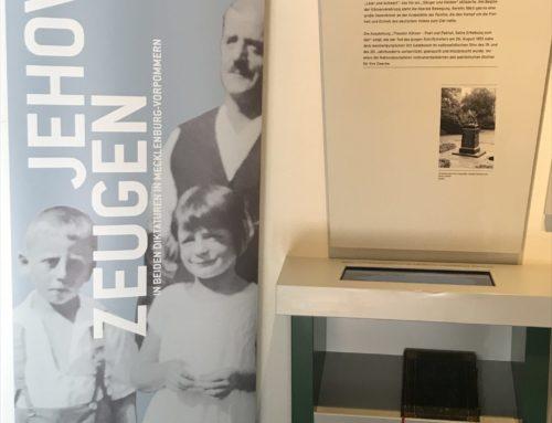 """Sonderausstellung """"Jehovas Zeugen in beiden Diktaturen in Mecklenburg-Vorpommern"""""""